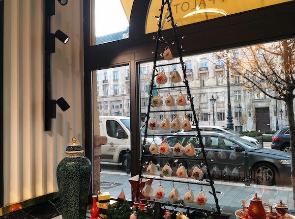 ハンガリー・ブダペスト のヘレンド直営店