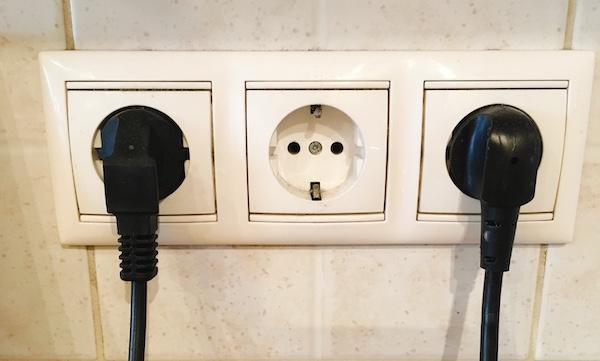 ハンガリーのコンセントのタイプと電圧