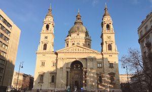 ブダペストで一際大きい教会「聖イシュトヴァーン大聖堂」