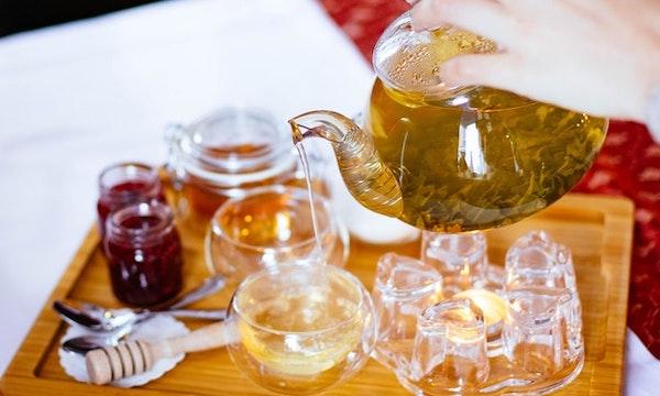 紅茶の色が楽しめる可愛い耐熱ガラスのティーカップ&ソーサー 5選