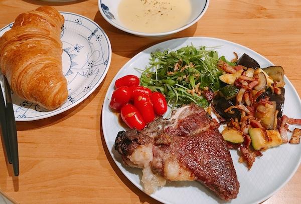 ハンガリーの国宝「マンガリッツァ豚」は霜降り・赤肉で絶品